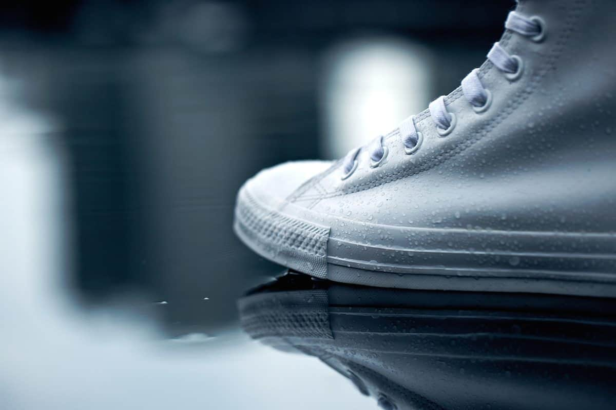"Bigfoottraveller.com l Converse Chuck Taylor All Star ""Rubber"",不怕雨水泥巴"