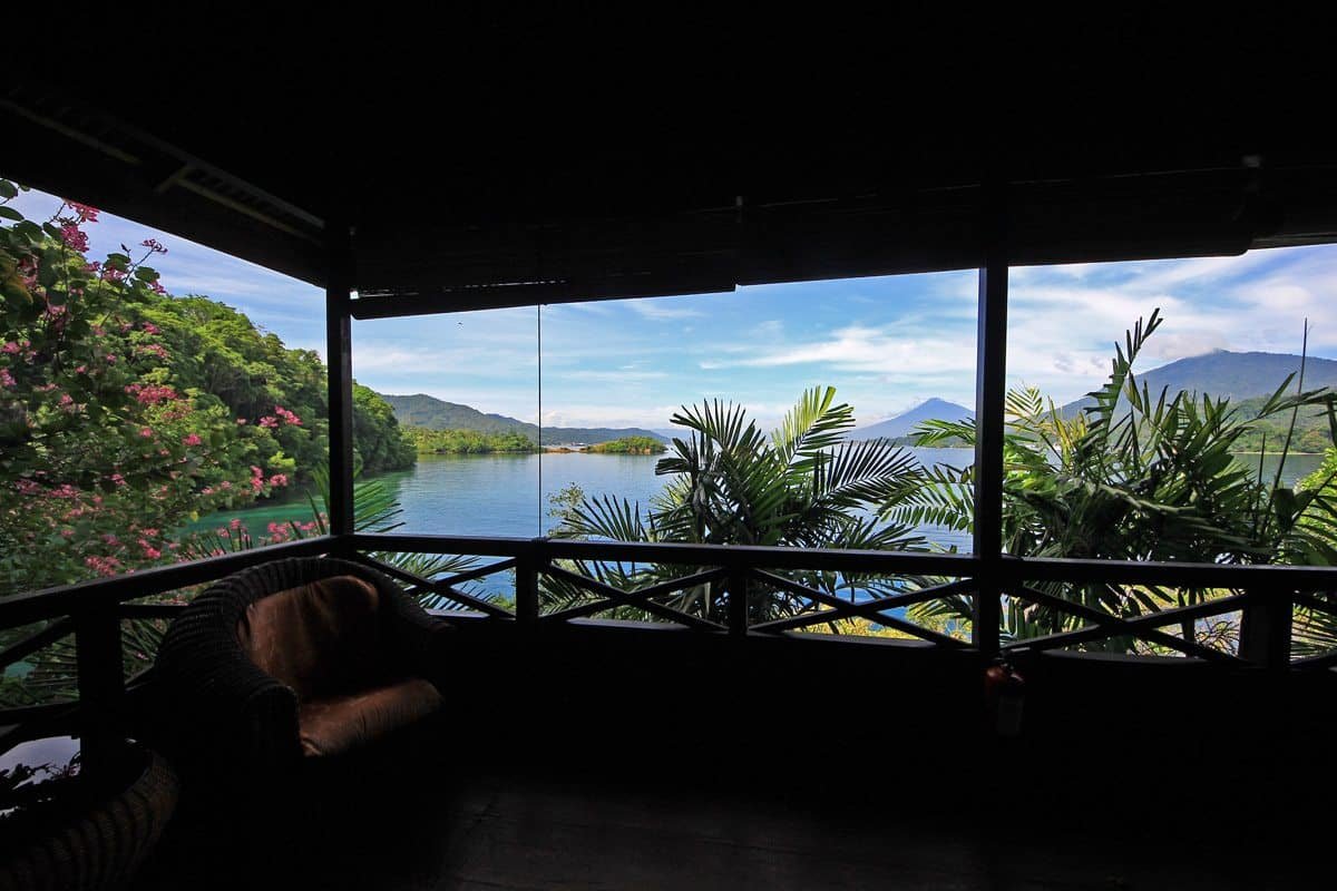 "Bigfoottraveller.com l Lembeh Resort Manado:专业、亲切,优质""垃圾潜水""体验"
